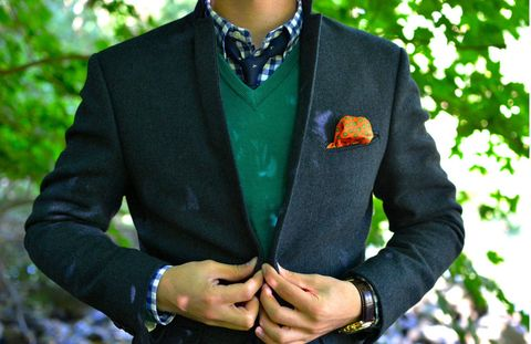 Clothing, Collar, Sleeve, Coat, Hand, Outerwear, Formal wear, Dress shirt, Wrist, Blazer,