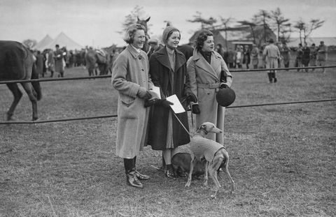 1938- The Duchess pictured in the center at a point-to-point steeplechase meeting at Enstone.
