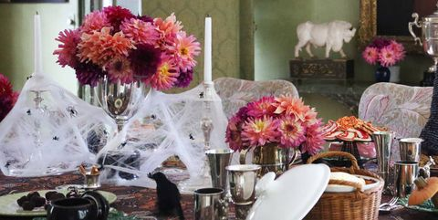 Halloween Dinner Party Ideas.20 Elegant Halloween Dinner Party Ideas How To Throw An