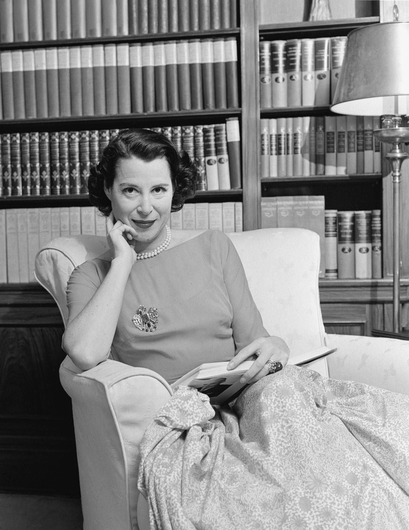 kitty carlisle jewelry