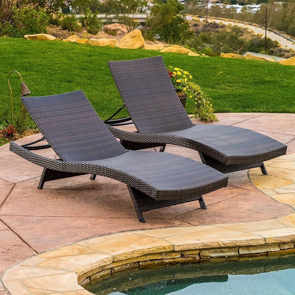 9 Best Outdoor Lounge Chairs For Summer 2018 Chaises To By The Pool