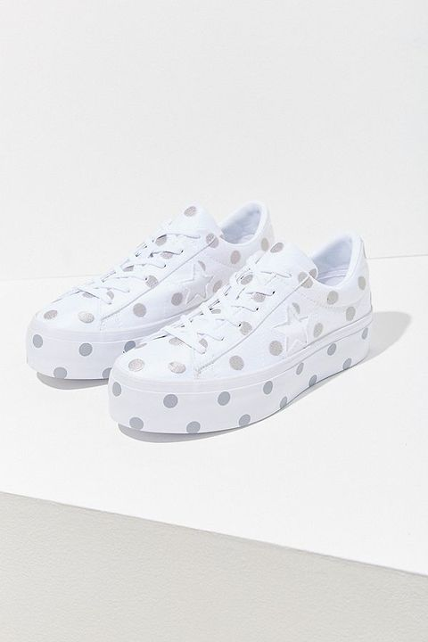 765189716953 20 Cute Sneakers for Fall 2018 - Trendy Shoes to Wear Back to School