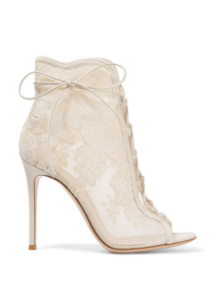 55 Best Wedding Shoes For 2018 Ivory Silver Blue And More Bridal Heels Flats