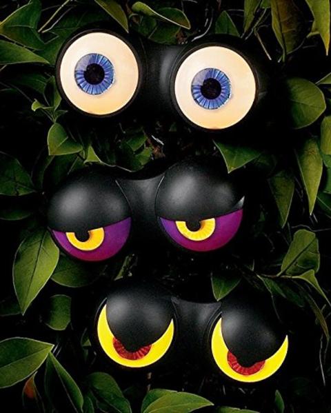 4 flashing eyes halloween lights