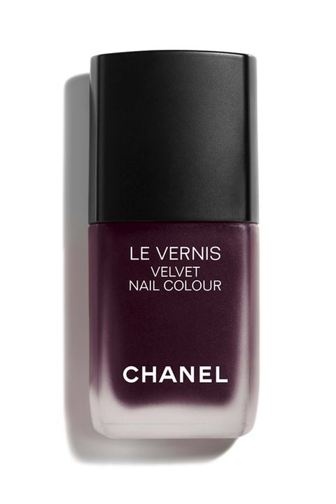 12 Nail Polish Colors For the Holidays — Best Christmas Nail ...