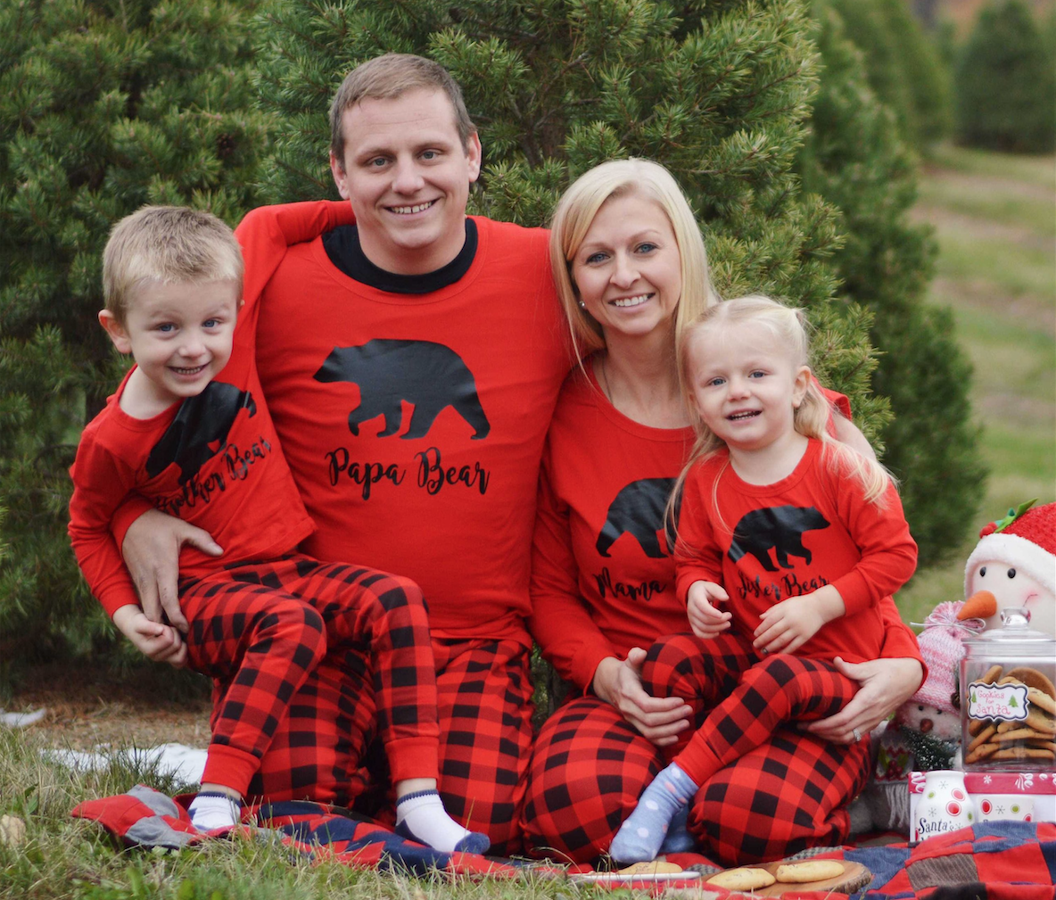 e84c01c5245e 25+ Matching Family Christmas Pajamas - Cute Holiday Pajamas Sets for  Adults and Kids