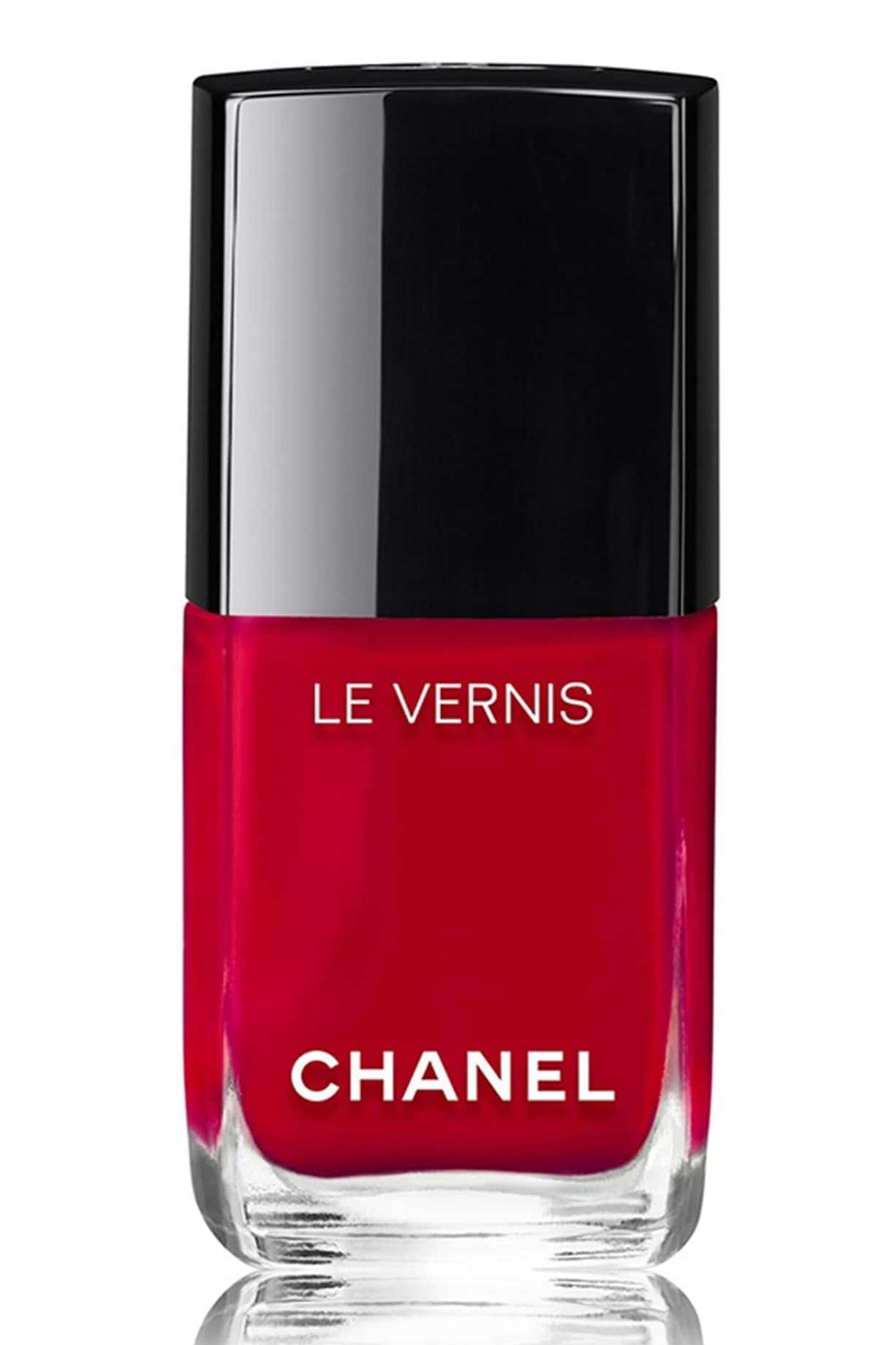 17 Best Red Nail Polish Shades - Flattering Red Nail Colors for Date ...