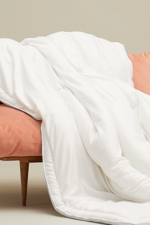 Enjoyable 13 Best Down Comforters For A Better Nights Sleep Down Pdpeps Interior Chair Design Pdpepsorg