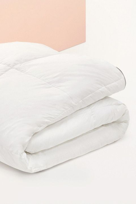13 Best Down Comforters For A Better Night S Sleep Down