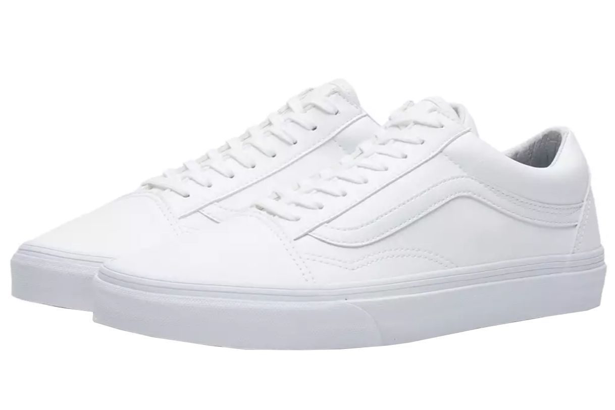 b1f84fd303638c 16 Best White Sneakers for Men in 2019 - 16 White Shoes to Wear Right Now
