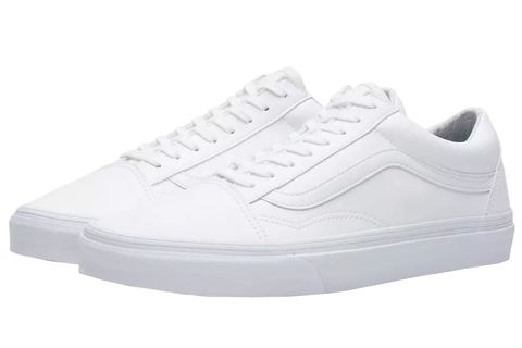 a8d69916be465 16 Best White Sneakers for Men in 2019 - 16 White Shoes to Wear ...