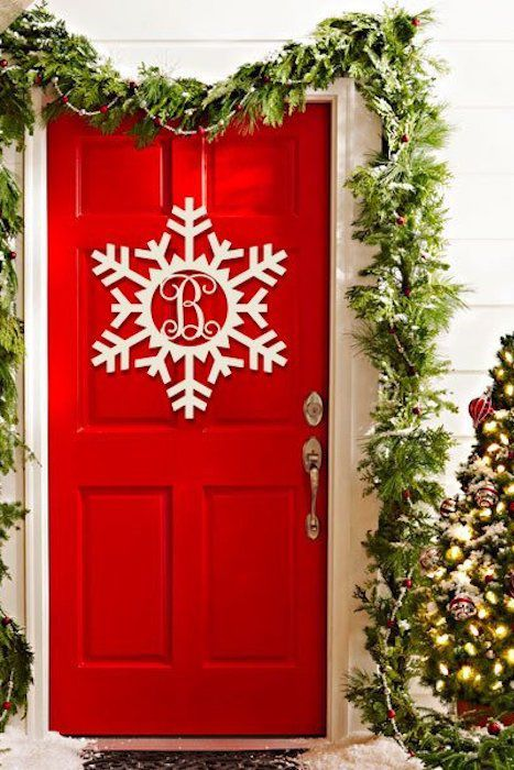 35 Christmas Door Decorating Ideas Best Decorations For Your Front