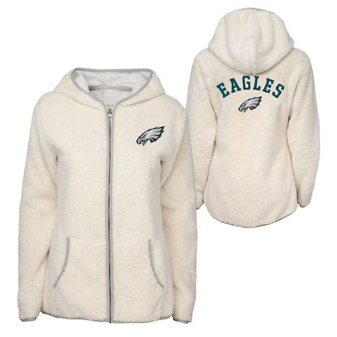 best sneakers 66c93 4c815 NFL Shop's Fall 2018 Merchandise Will Make Football Games So ...