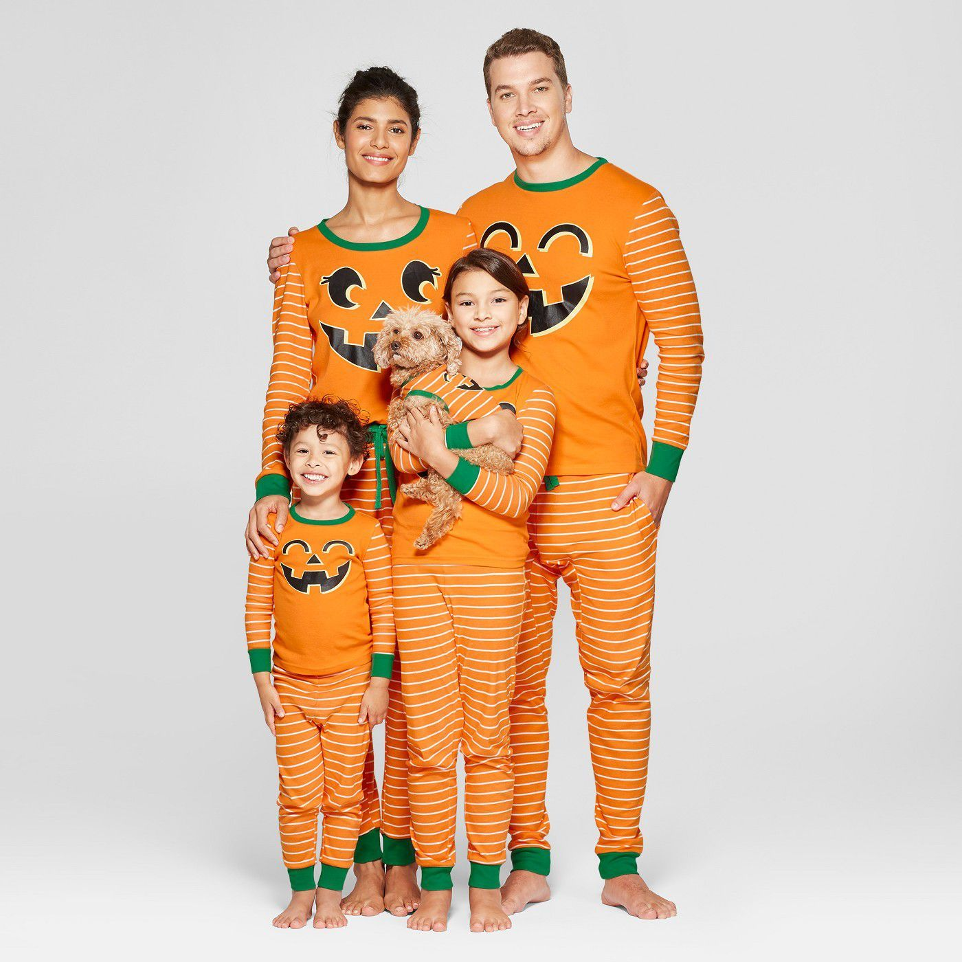 15+ Best Halloween Pajamas - Matching Halloween PJs for Families   Dogs 94870ced6