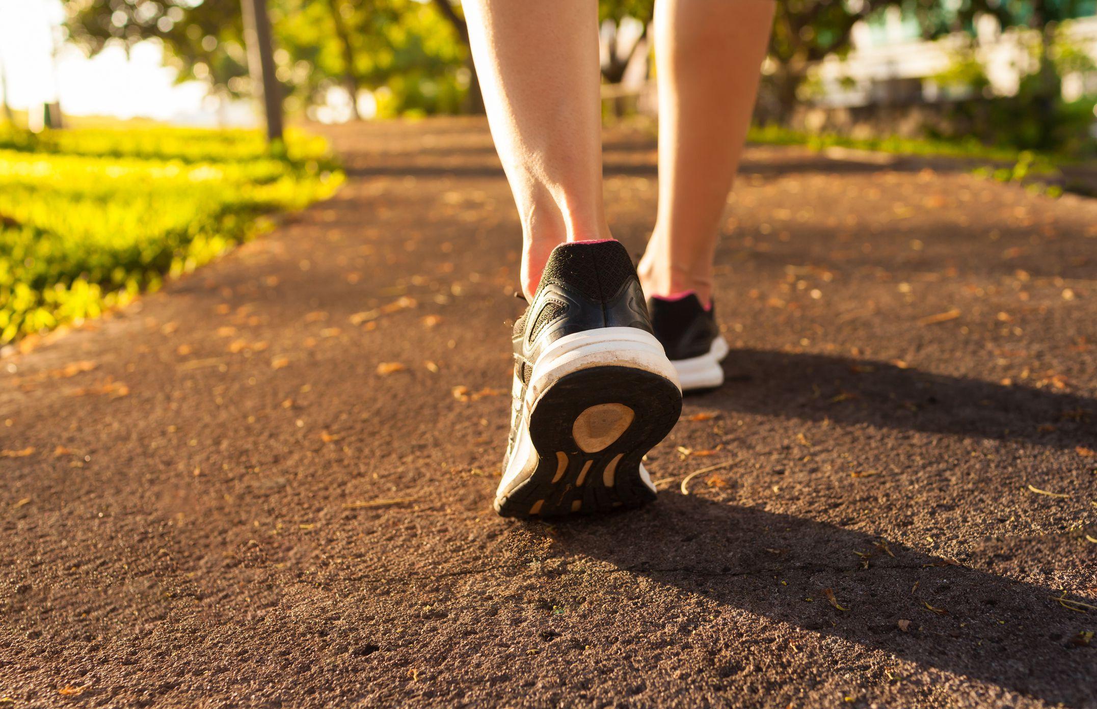 Cara Mengecilkan Perut Setelah dengan berjalan kaki