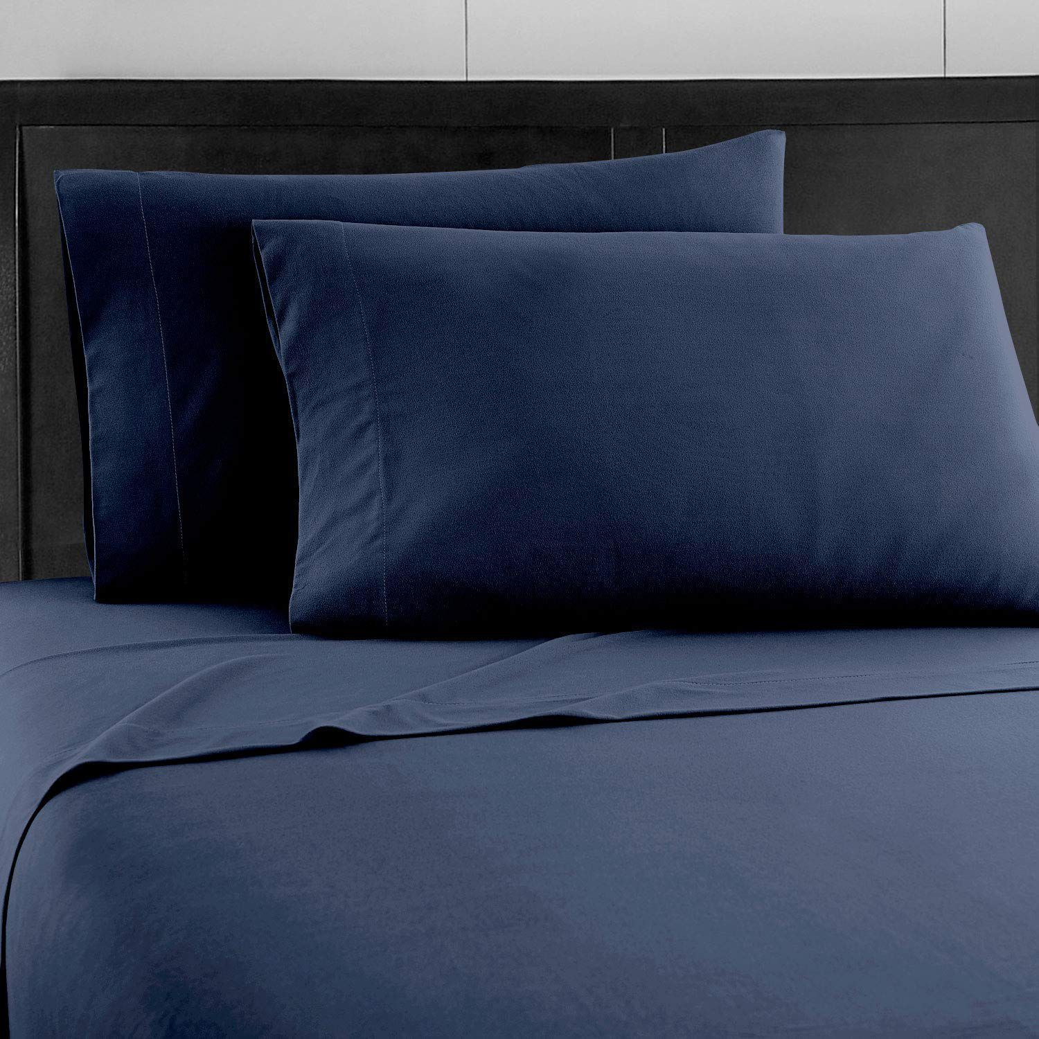 People Are Raving That Prime Bedding's Deep Pocket Fitted Sheets Never Come Untucked
