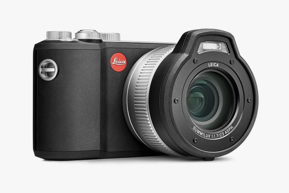 Leica X U Typ 113 Waterproof Camera
