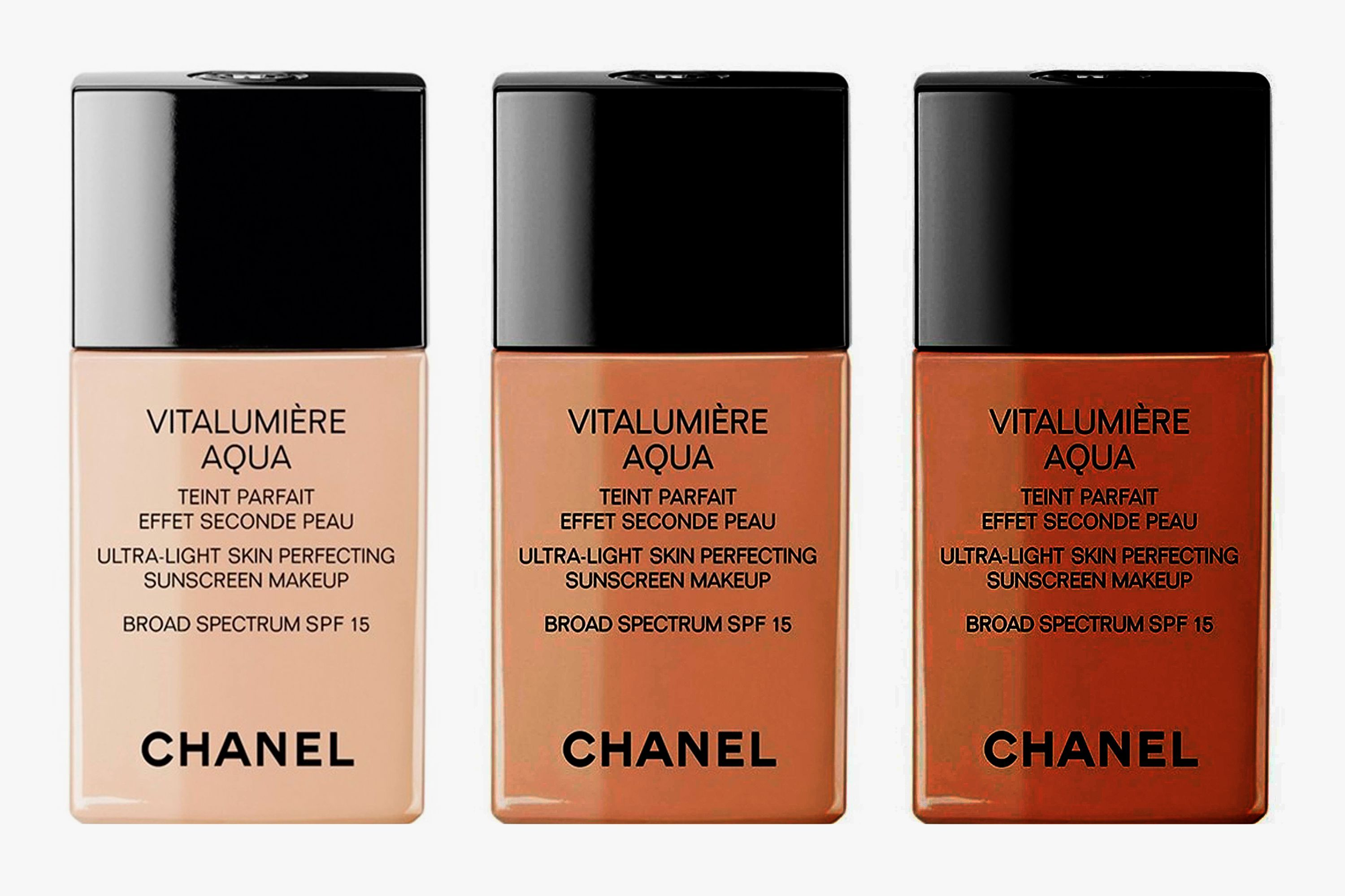 Chanel Vitalumière Aqua Ultra-Light Skin Perfecting Sunscreen Makeup Broad Spectrum SPF 15