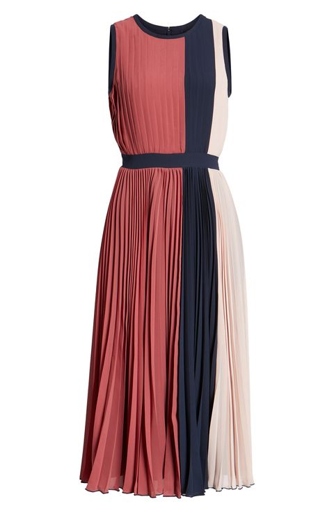 30 Elegant Fall Wedding Guest Dresses 2018 What To Wear To A Fall