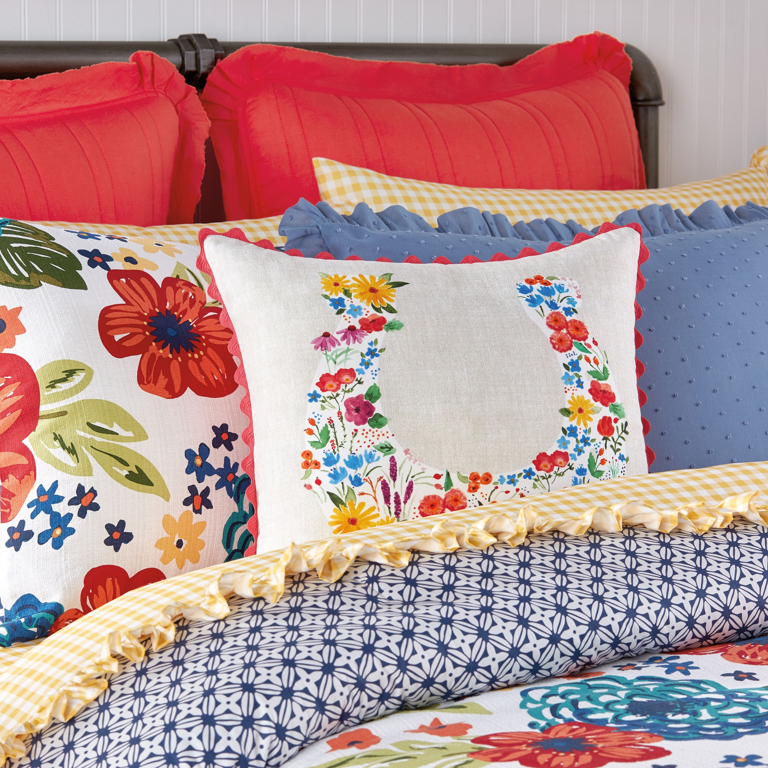 See Pioneer Woman Star Ree Drummond S New Fall Bedding