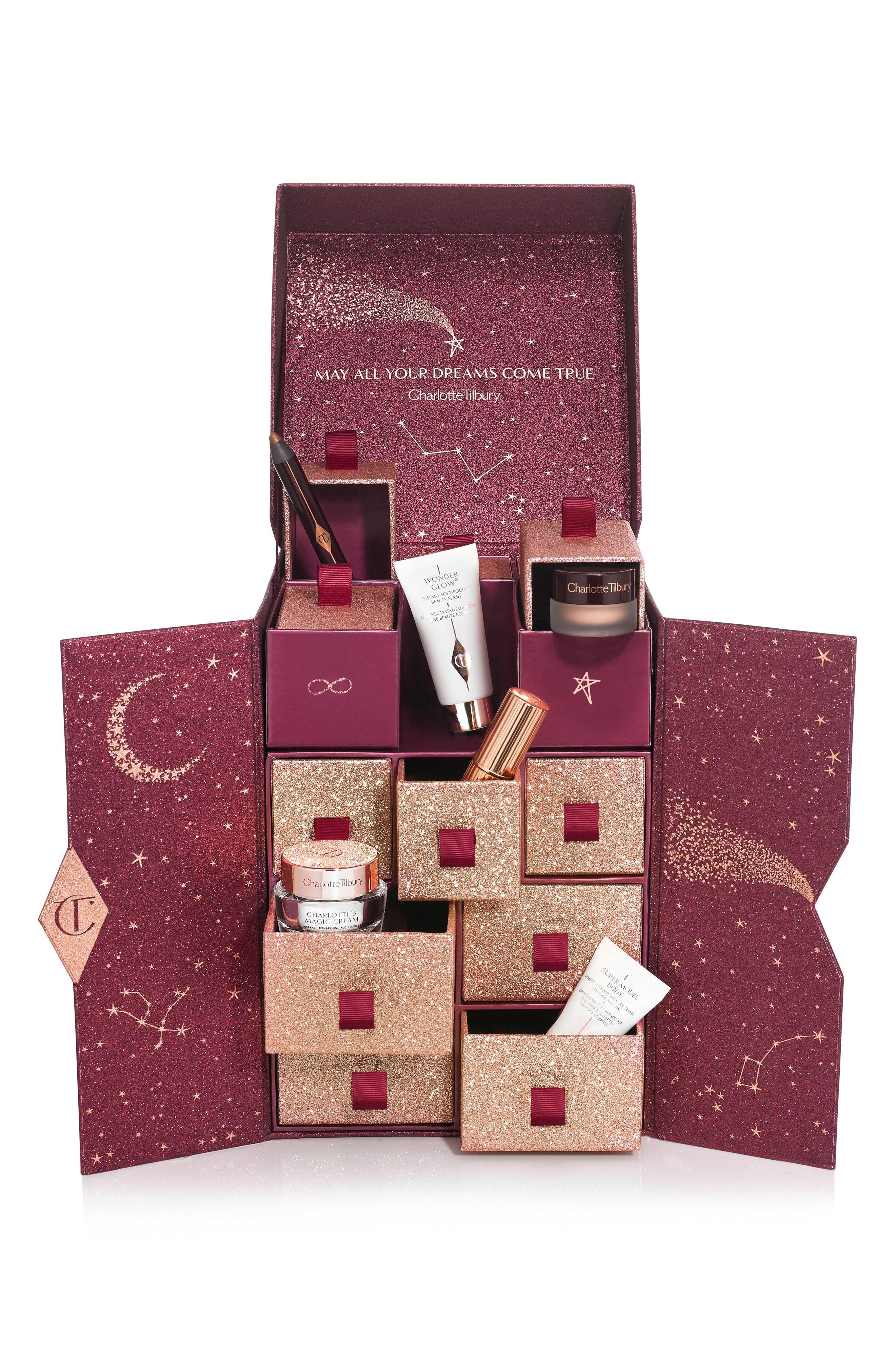 Benefit Weihnachtskalender.Charlotte S Beauty Universe Collection