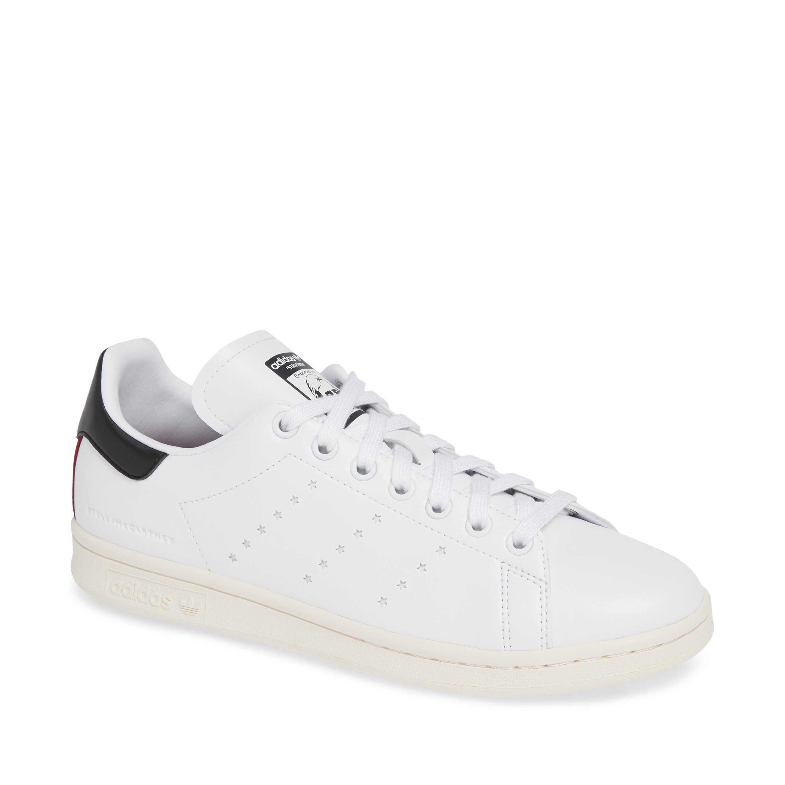 Meghan Markle Wears Adidas Stan Smith Sneakers In New Zealand ba391da9e