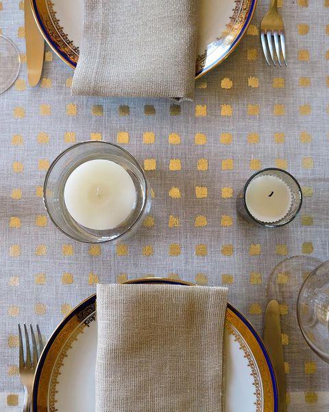 16 Best Thanksgiving Tablecloths - Stylish Fall Tablecloths ...