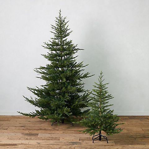24 Best Artificial Christmas Trees - Where to Buy Fake ...