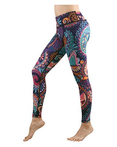 e7d79aff498 21 Best Yoga Pants For Women 2018 - Stylish Yoga Leggings