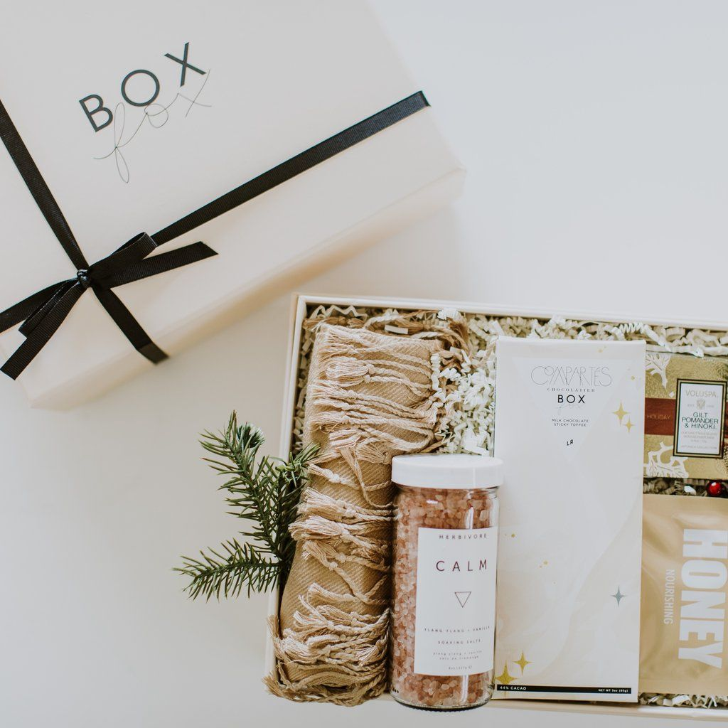 16 Romantic Gifts For Her Most Romantic Gifts For Your Girlfriend