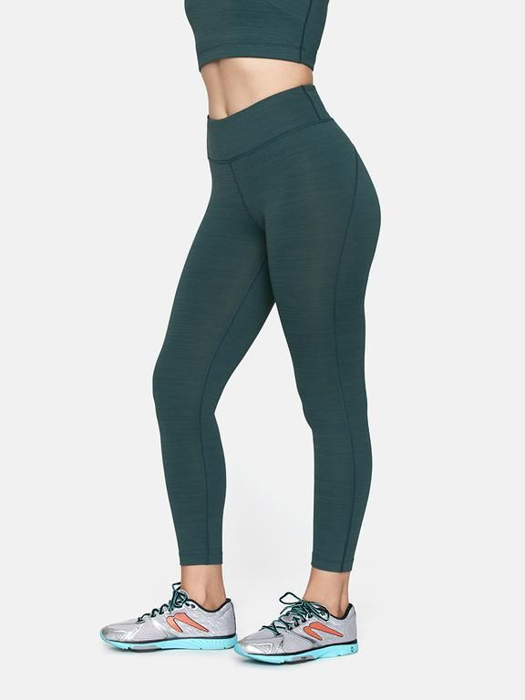 47c215b76f8df The Best Workout Pants for Every Type of Exercise - Best Leggings For Every  Workout
