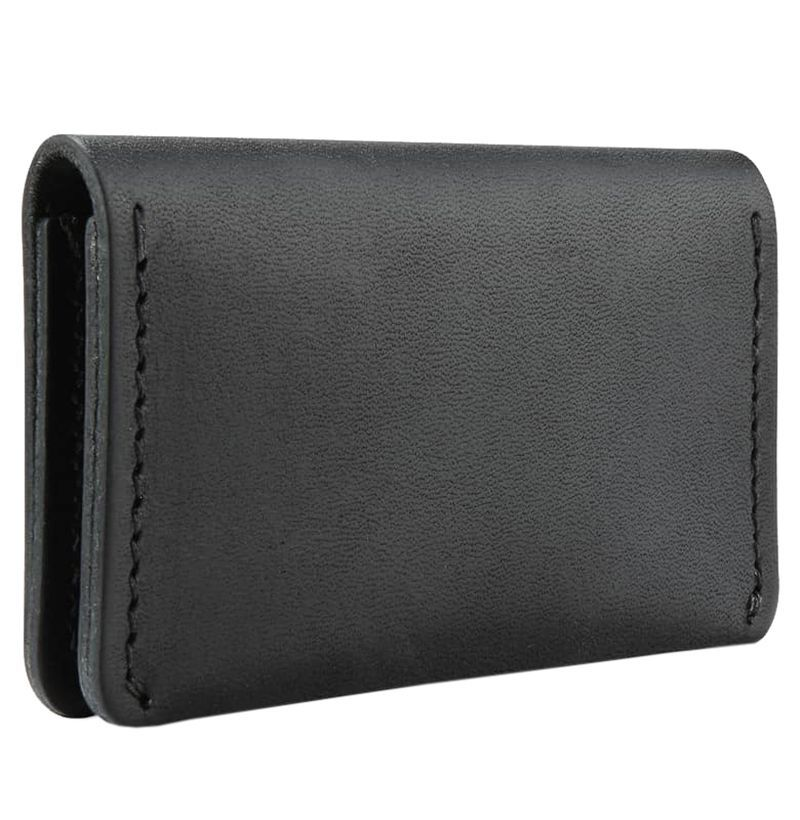105ea608ed03 20 Best Wallets for Men 2018 - Stylish Men s Wallets