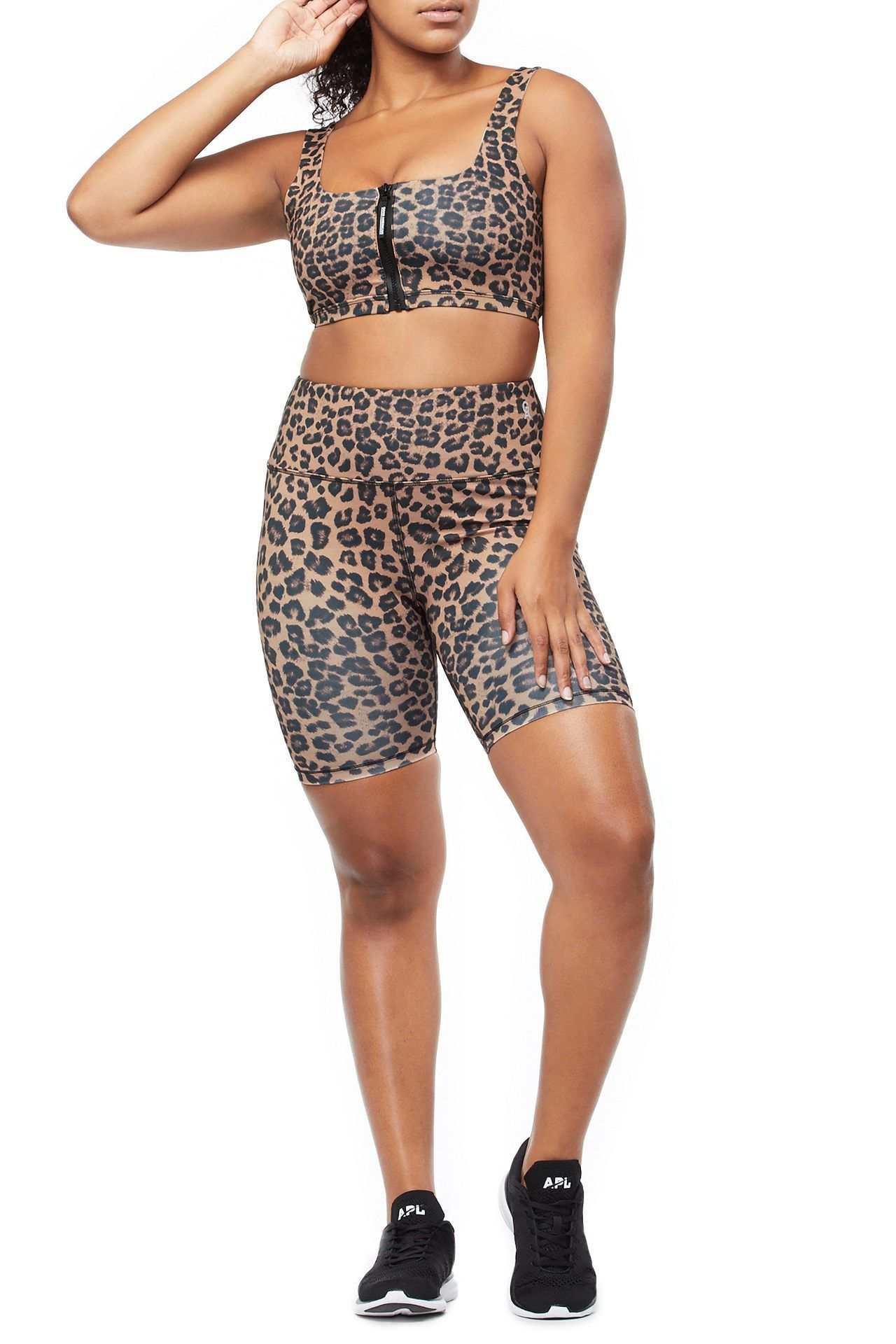 07bb319b3 Gym Outfits That ll Make You Want to Work Out — Cute Workout Clothes ...