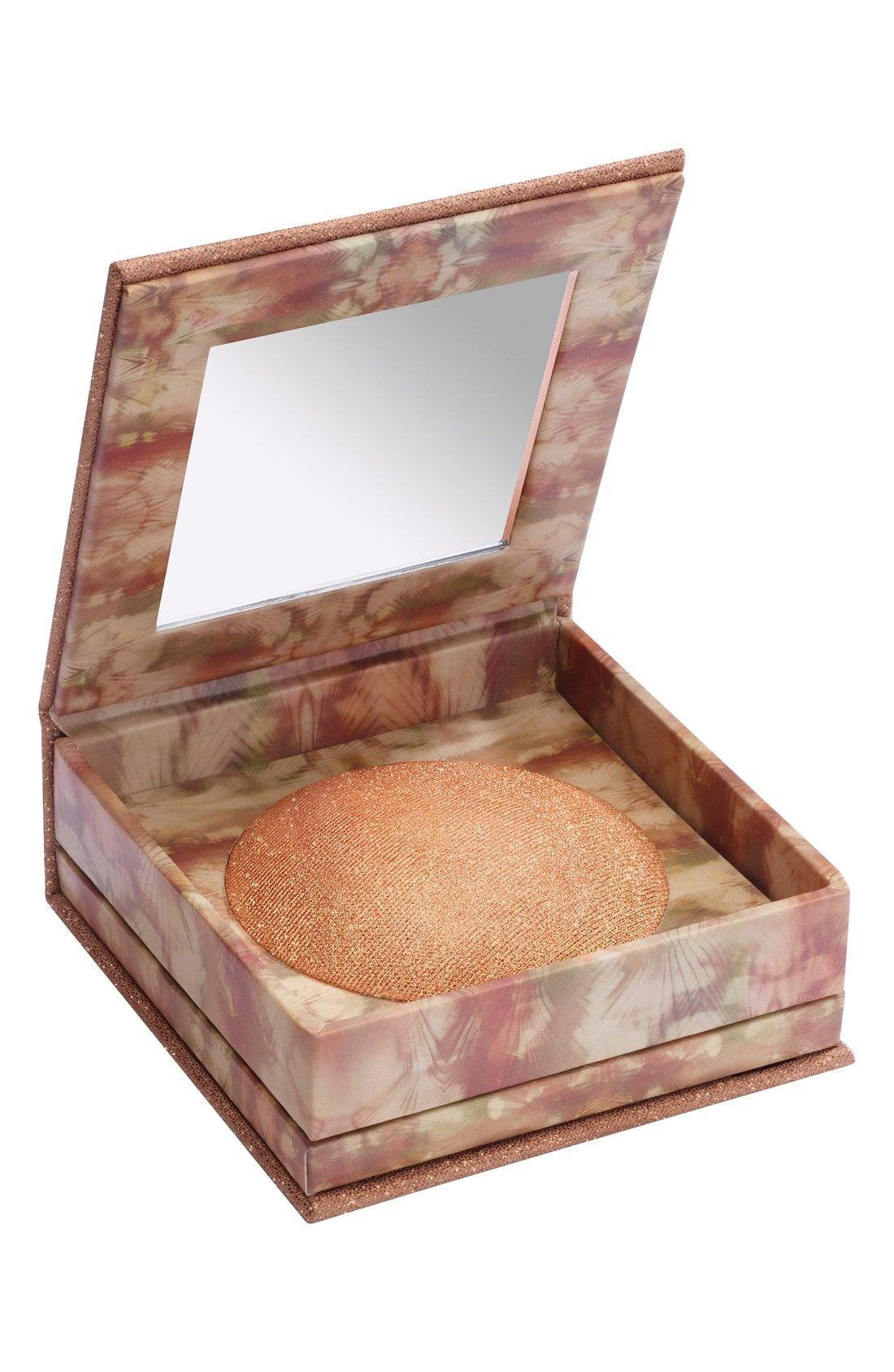 Naked Illuminated Shimmering Powder for Face & Body