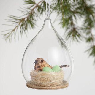 Nid d'oiseau en ornement en verre