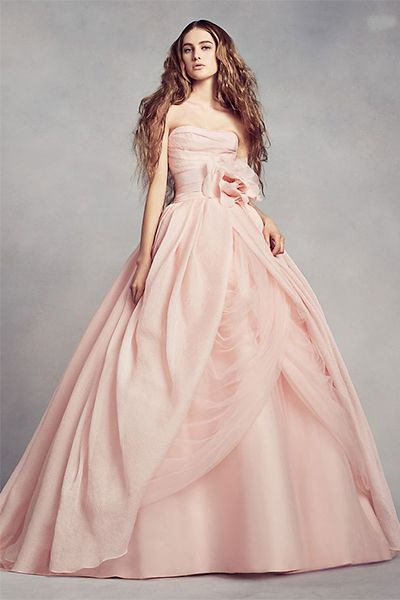 15 Pretty Pink Wedding Dresses 2020 Blush And Pink Wedding Gowns