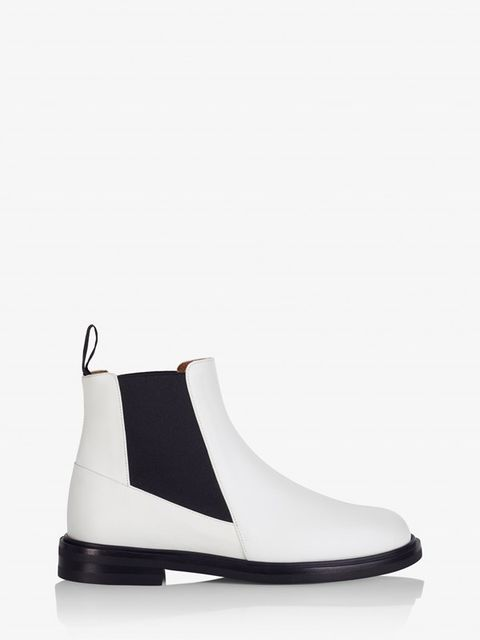 ff3b0579f82 25 Pairs of the Perfect White Boots-White Boot Trend at all Prices