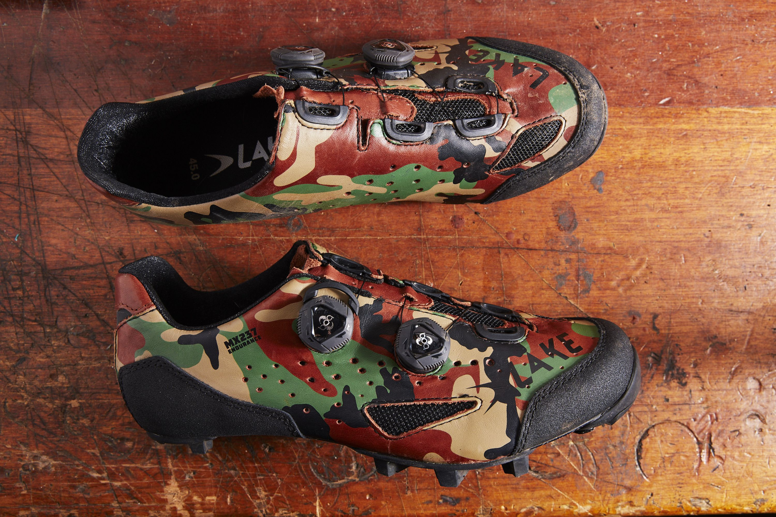 The Lake MX237 Endurance Is the Only Mountain Bike Shoe You Need