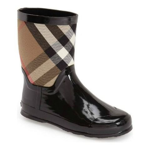 c5ab966805b89 15 Best Kids Rain Boots for Fall 2018 - Rain Boots for Kids & Toddlers