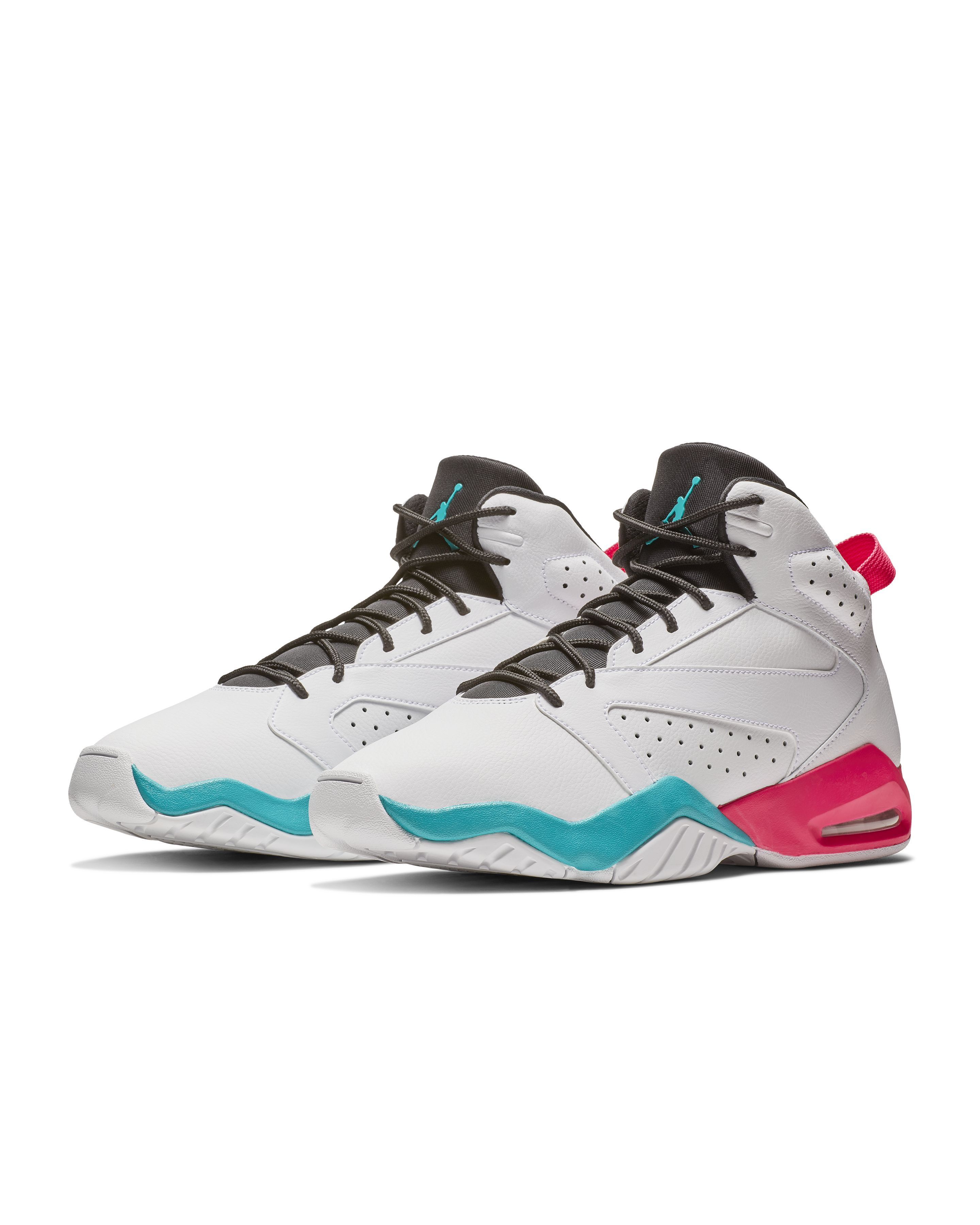 timeless design 7a397 212ae 15 Best Pairs of Basketball Shoes for Men 2019