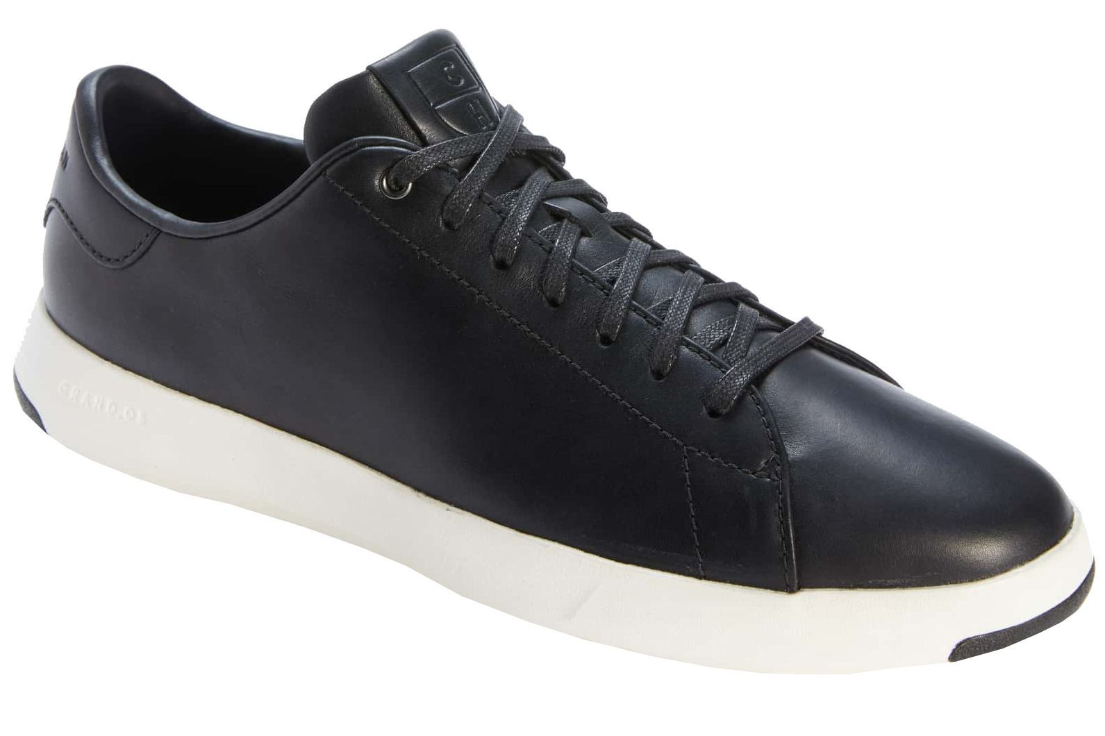 13 Best Suit Shoes for Men - How to Wear a Suit with Sneakers 0719d04ae