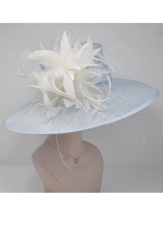 4f0a951ea2fc4 28 Best Kentucky Derby Hats for Women - Stylish Kentucky Derby Hats