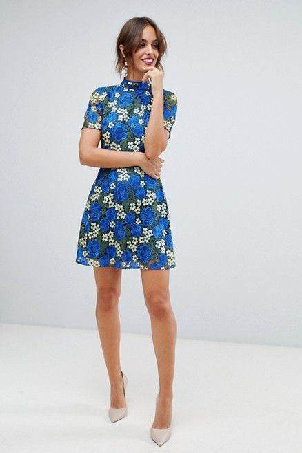 13d08d81e8fe4 Kentucky Derby Outfits - What to Wear to the Kentucky Derby 2019