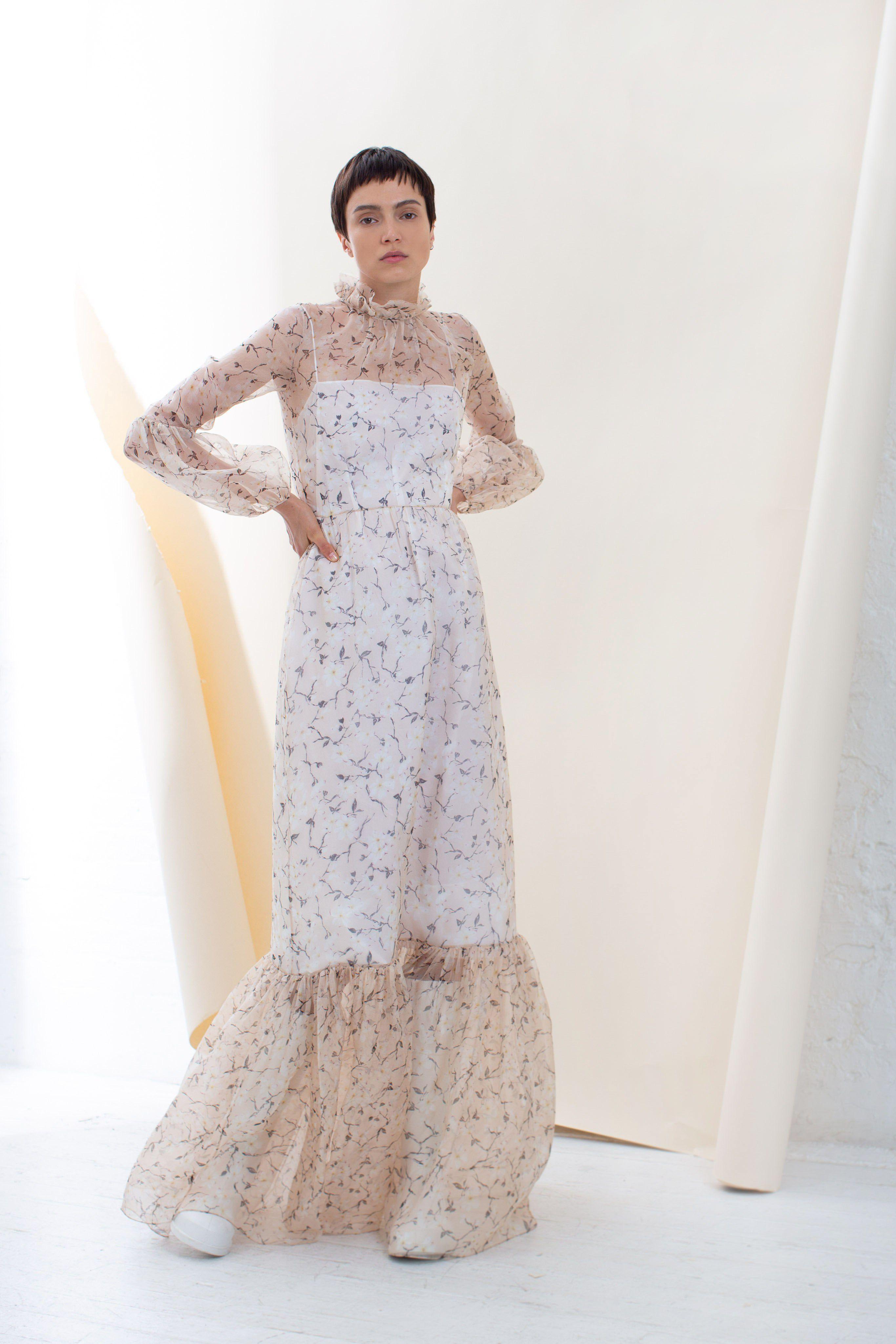 190a2b1d8bebe Beach Wedding Dresses - Bridal Gowns for a Beach Destination Wedding