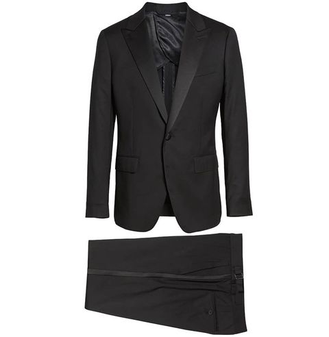 b9dd57eff912b Black Tie Attire for Men – Tuxedo, Bow Tie and Cufflink Trends