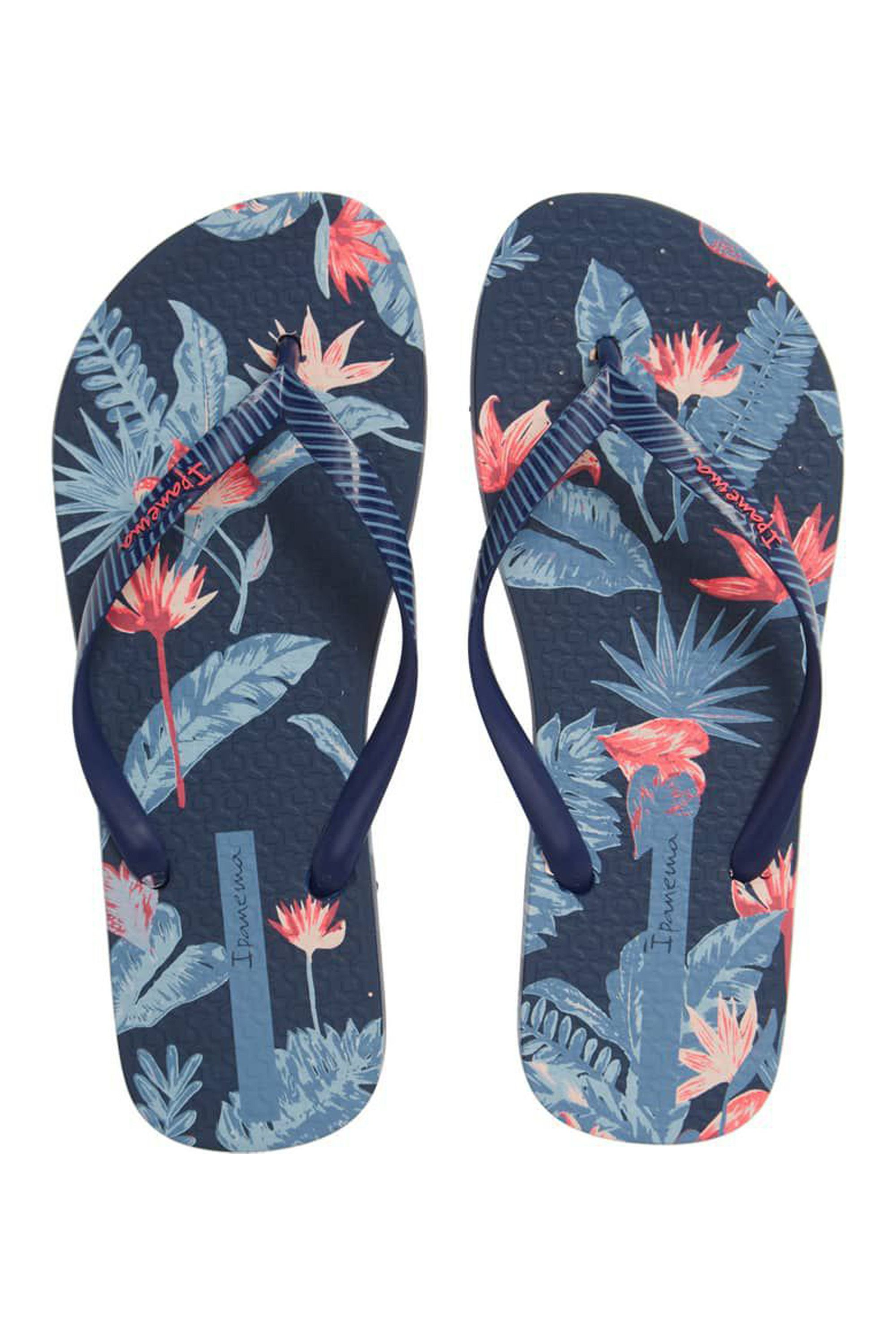 410828224 16 Best Flip Flop Brands — Cute Flip Flops for 2019