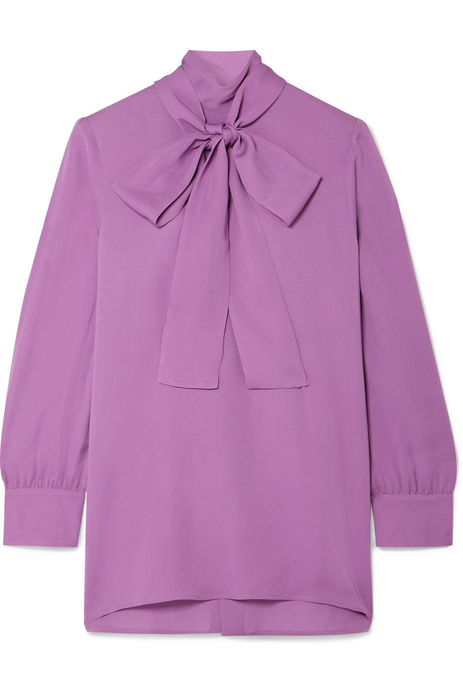 f5158c774b436 Kate Middleton s Gucci Bow Blouse and High-Waisted Trousers Are ...