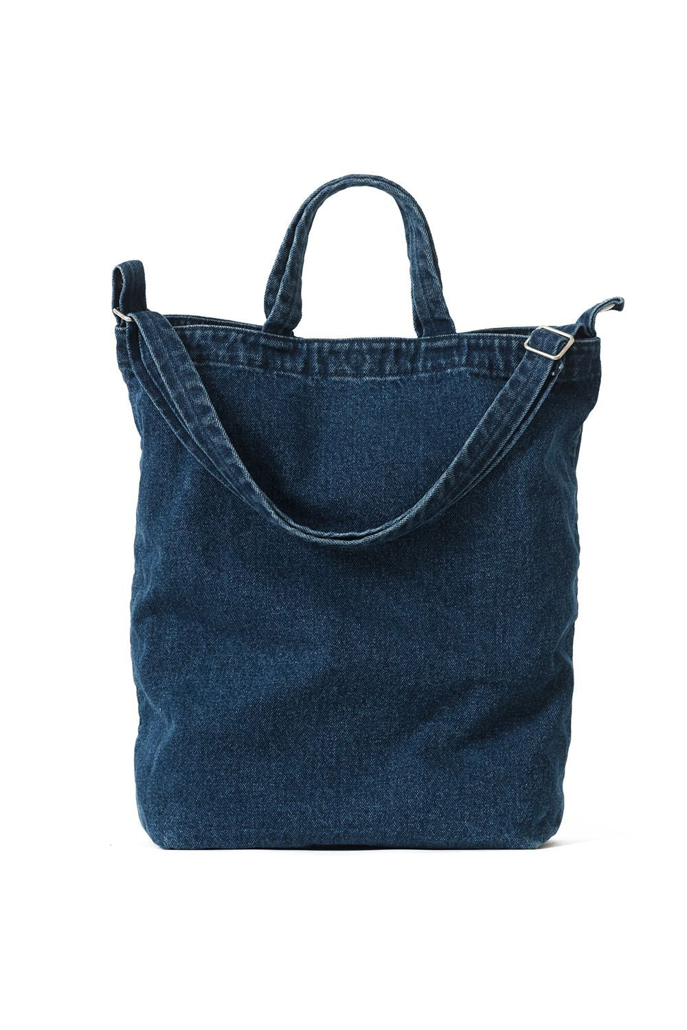 Summer Fridays Denim Baggu $42.00 SHOP IT Switch it up during the summer with this denim everyday tote. It holds a 15-inch Macbook and has plenty of pockets to stash loose change and hair ties.