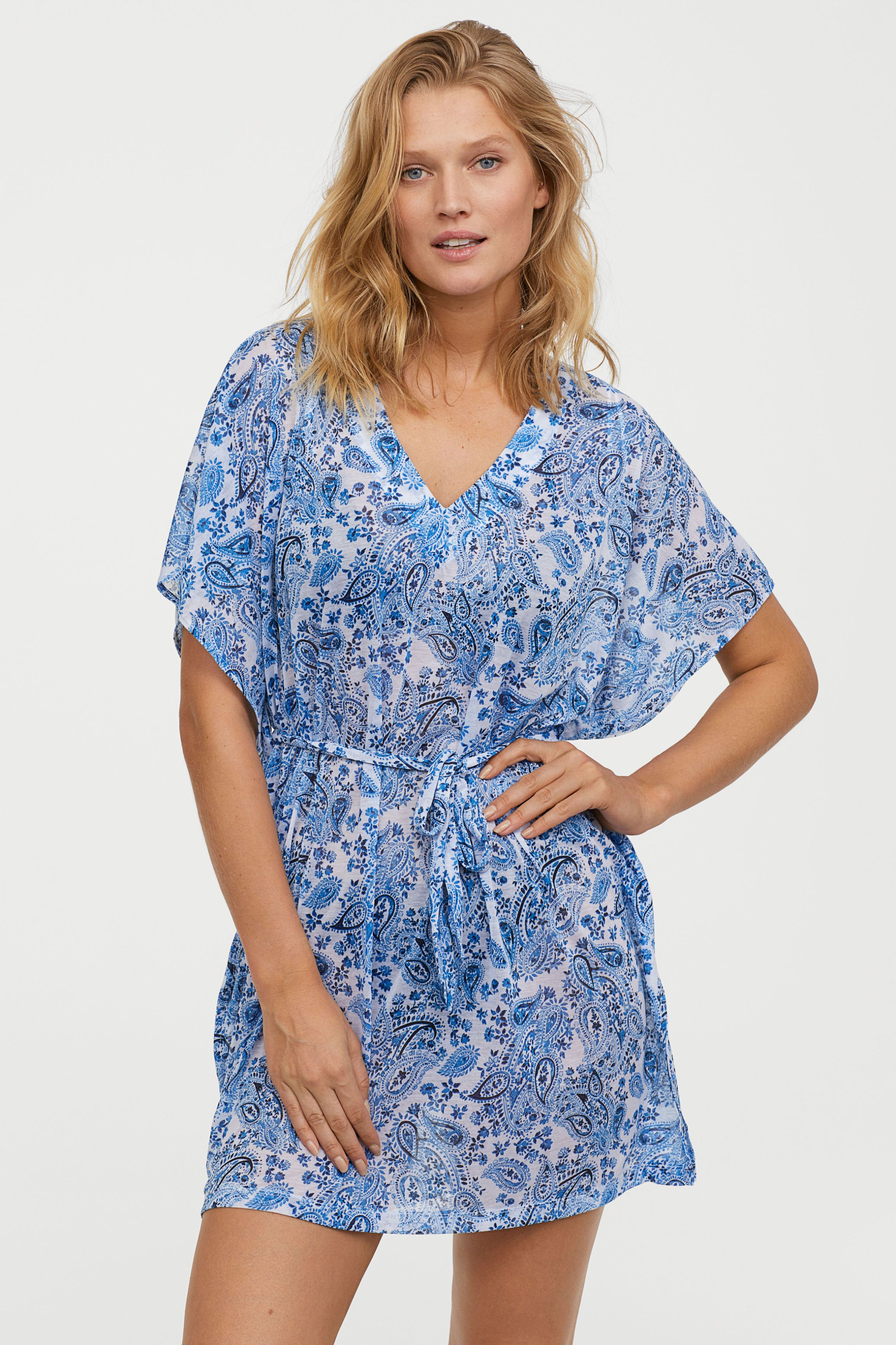 176cc3914040 18 Stylish Caftan Dresses for Your Beach Vacation — Caftan Cover-Ups