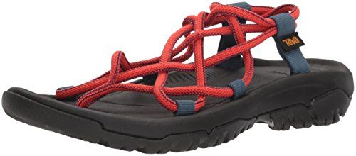 15 Comfortable Walking Sandals For Women That Are Also Super